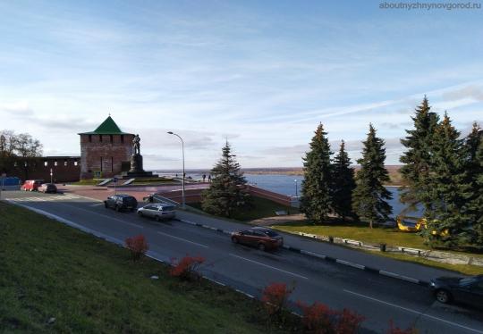 памятник В.П.Чкалову